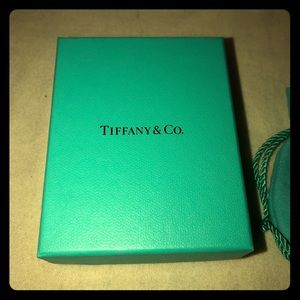 Tiffany gift box and pouch